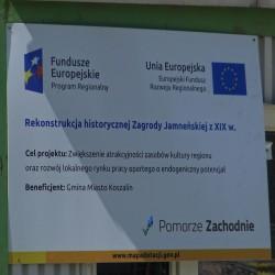 Tablica zawierająca informację o źródle finansowania i cel projektu