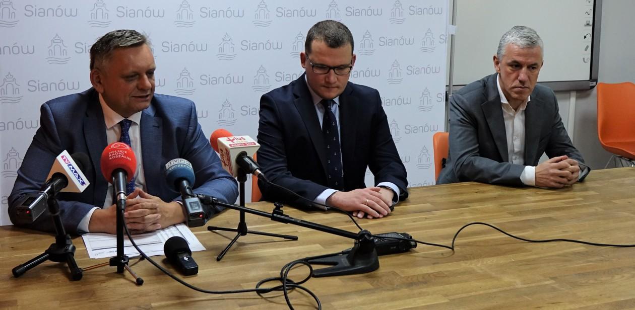 Na zdjęciu m.in. Prezydent Koszalina Piotr Jedliński
