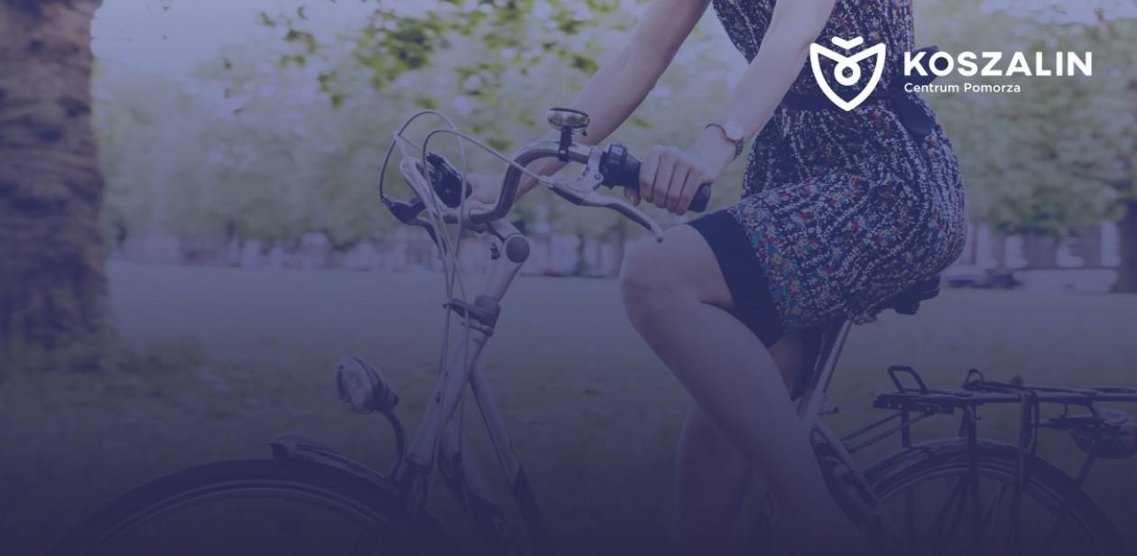 Na zdjęciu jest kobieta na rowerze