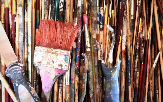 Na zdjęciu znajdują się pędzle do malowania obrazów