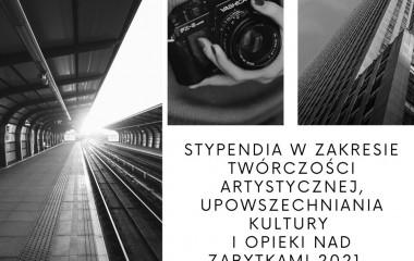 Obrazek przedstawia trzy czarnobiałe zdjęcia przedstawiające tory kolejowe, aparat fotograficzny oraz Pałac Kultury.